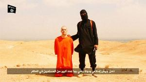 Islamic-State-militants-behead-US-journalist-hold-another