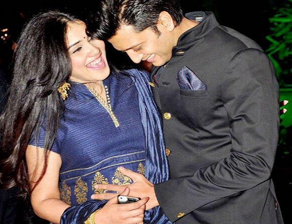 genelia-and-riteish-deshmukh-welcomed-baby-boy
