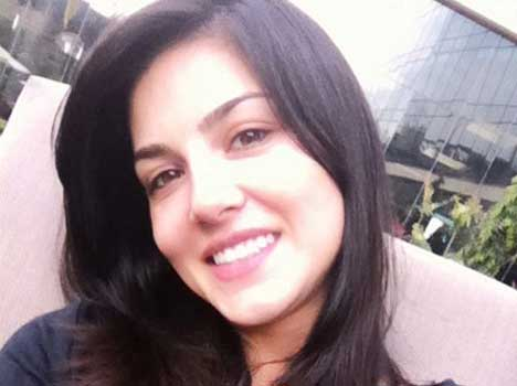 sunny-leone-without-makeup3