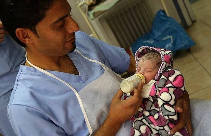 woman-gave-birth-to-child3
