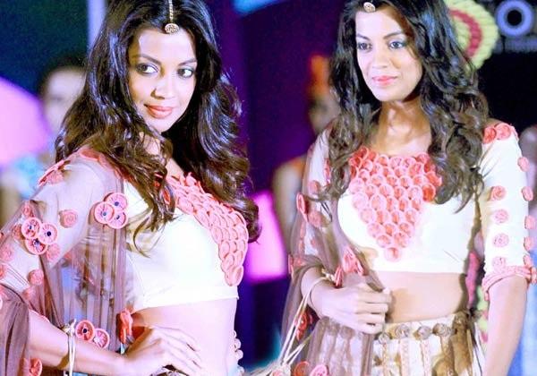 condom-faishion-show in india