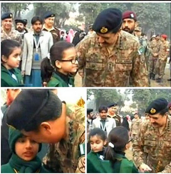 students-as-school-reopens-at-peshawar4