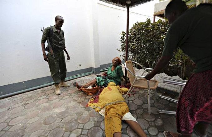 somalia-hotel-attack2