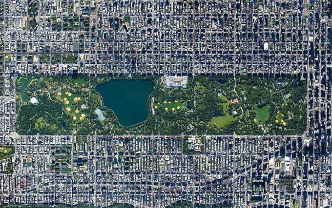 breathtaking-pics-of-landmarks-from-space2