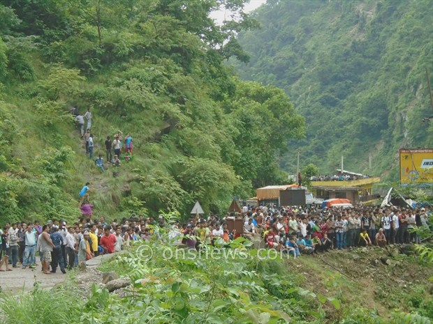 micro bus accident in palpa7